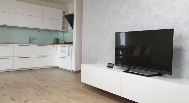 PREDAJ - veľmi pekný, zariadený 2-izbový byt v novostavbe TARJANNE s parkovacím miestom, vyhľadávaná lokalita, Bratislava-Dúbravka, ul. Martina Granca