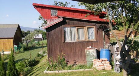 Predaj záhrady s chatkou v Detve.