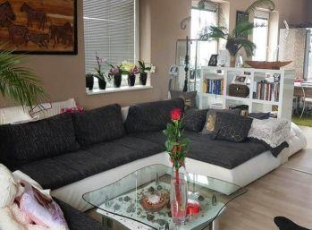 REPREZENTATÍVNY byt 98 m2 s PANORAMATICKÝM výhľadom v centre mesta- REZERVOVANÉ