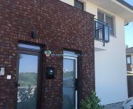 DIAMOND HOME s.r.o. Vám ponúka na predaj novostavbu 3 izbový byt s 379 m2 pozemkom v DS