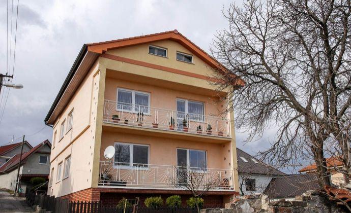 Rodinný dom v krásnej lokalite susediacej s vinicami, Rača