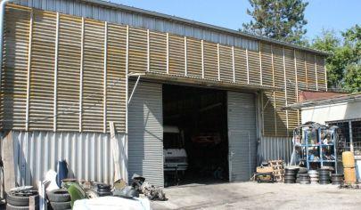 EXKLUZIVNE - TOPOĽČANY skladová hala, garáže a 8 izbový dom, pozemok 3613m2
