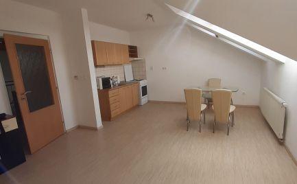 DMPD Real Vám ponúka na predaj 1 izbový byt v centre mesta Prievidza