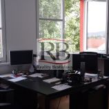 Kancelárie v administratívnej budove na prenájom