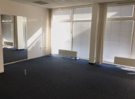 Kancelária 15,56m2, Lake Building, Drieňová ul., Ružinov - Štrkovec