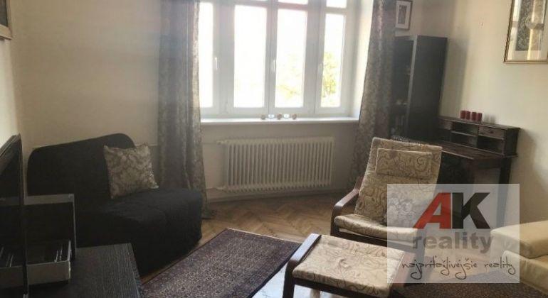 Predaj 1,5 izbový byt Bratislava-Staré Mesto, Klemensova ulica