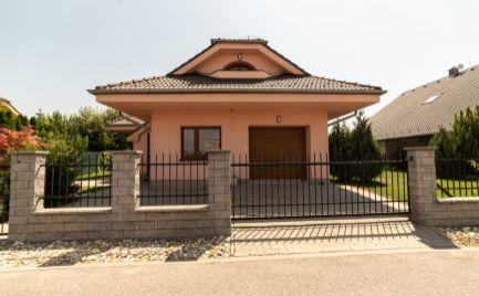 Predaj slnečný 5-izbový rodinný dom  ROVINKA, okr. Senec