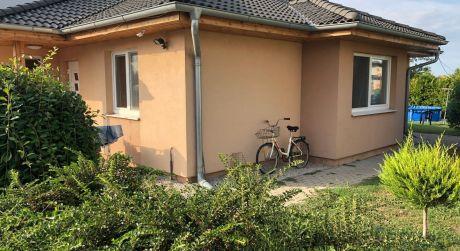 PREDAJ - 3-izbový rodinný dom v obci Zlatná na Ostrove
