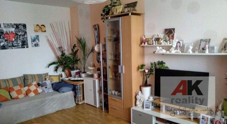 Predaj 3 izbový byt Častá, Fándlyho ulica