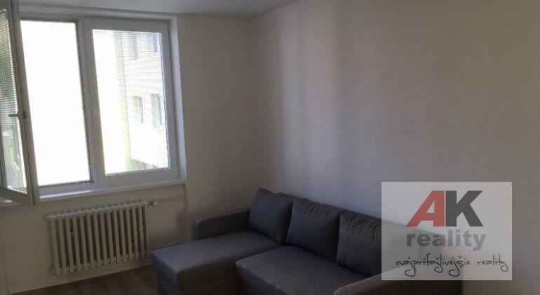 Prenájom 2 izbový byt Bratislava-Ružinov, Košická