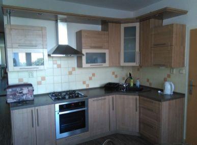 MAXFIN REAL -  prenájom 3 pekných izieb s obývačkou v modernom byte v Nitre, na sídlisku.