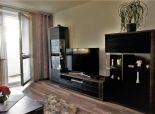 PREDAJ: priestranný zrekonštruovaný 3i byt, 76 m2, J. Smreka, DNV, BA-IV
