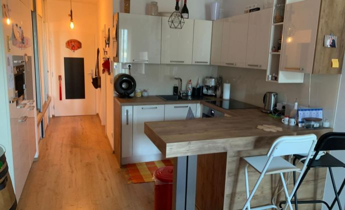 Ponúkame na predaj 2 izbový byt +KK + balkón, Nový Ružinov, novostavba.