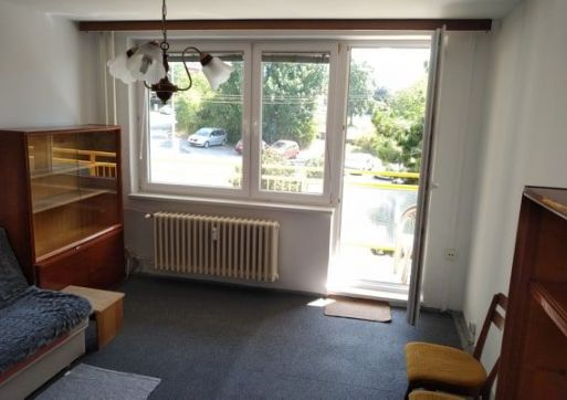 RK Byty Bratislava ponúka na prenájom 2,5-izb. byt na ul. Na Revíne, BA III - Kramáre.