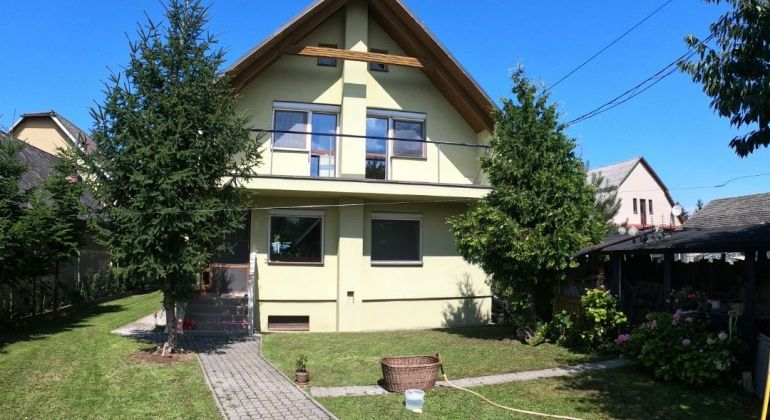 Na predaj zariadený rodinný dom v Košeci