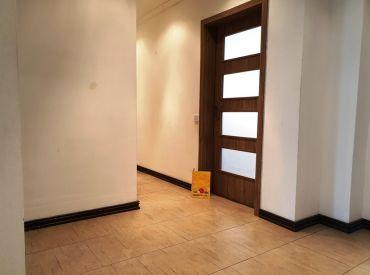Na predaj 5+1 byt 95 m2 s balkónom za cenu 4-izbového bytu - tichá lokalita - Nové Mesto n/V