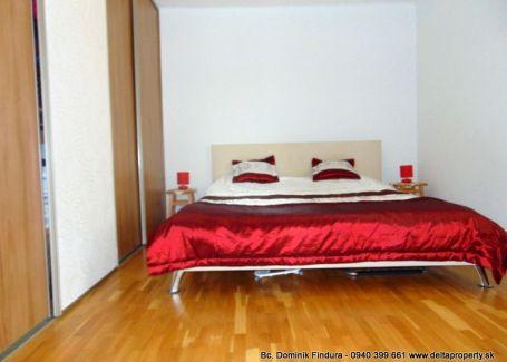 DELTA - Pekný 2-izbový byt s krbom na predaj Svit