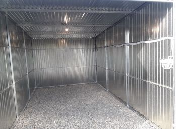 MAXFIN REAL - prenájom novej pozinkovanej garáže v Nitre.