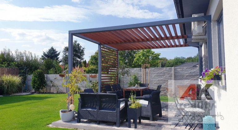 Predaj – pekný, zariadený  4-izbový rodinný dom, novostavba  s krásnou okrasnou záhradou a garážou, Malinovo, okr. Senec