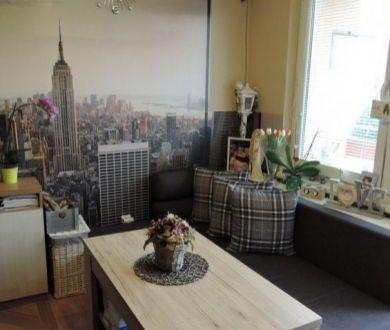 Ponúkame na predaj veľmi pekný 1 izbový byt v Dubnici nad Váhom.
