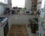 DIAMOND HOME s.r.o. Vám ponúka  čiastočne prerobený 4i. byt v Dunajskej Strede ,ul. Smetanov háj.