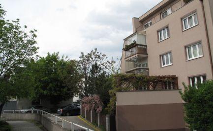 PRENÁJOM: 4 izb. byt s loggiou, Čečinová ul., Bratislava - Ružinov EXPIS REAL