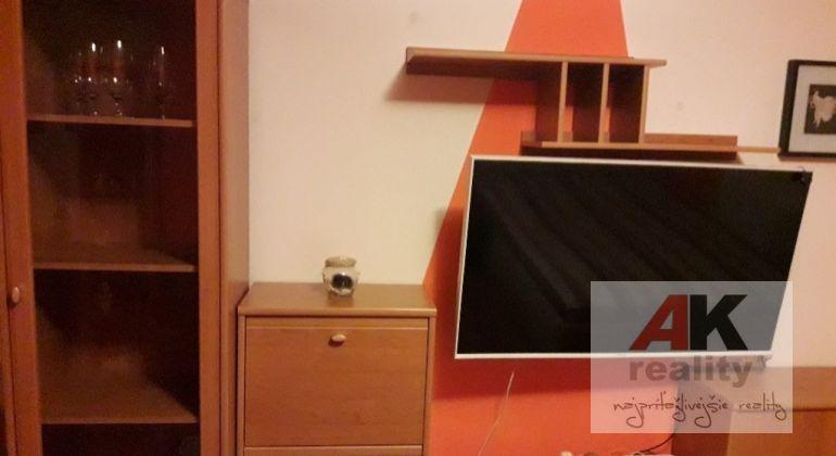 Prenájom 1 izbový byt Bratislava-Vrakuňa, Čiližská