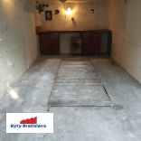 RK Byty Bratislava predá garáž na ul. Kadnárova, BA III