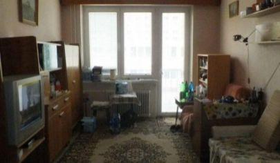 Na predaj 2.izbový byt Malacky, 1.mája.
