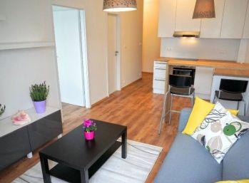Krásny 2-izbový byt v novostavbe v priamom centre mesta
