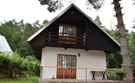 ZĽAVA - Predaj chata s pozemkom 471 m2,  rekreačné stredisko Kováčová – cena 53 000€
