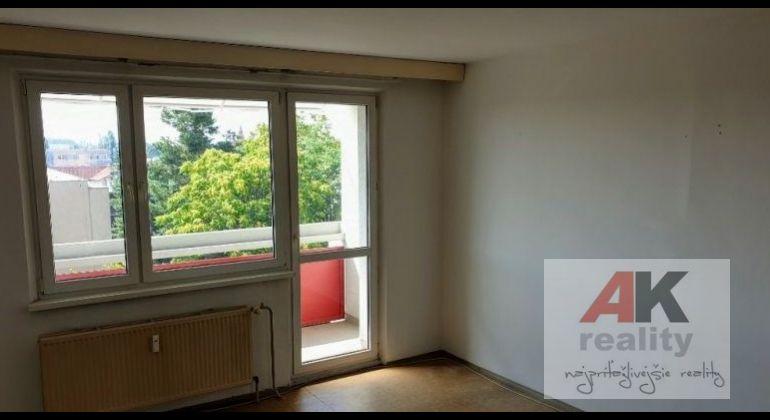 Predaj 3 izbový byt Bratislava-Ružinov, Mierová ulica