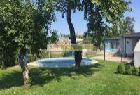 47.900.- eur za pozemok s rodinným bazénom, 450 m2 s využitím budúceho stavebného pozemku, Šamorín