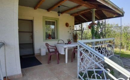 Predaj – 3 izbový rekreačný domček Nové Košariská – EXPISreal