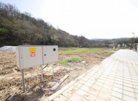 Posledný stavebný pozemok /631 m2, intravilán/ Moravany nad Váhom