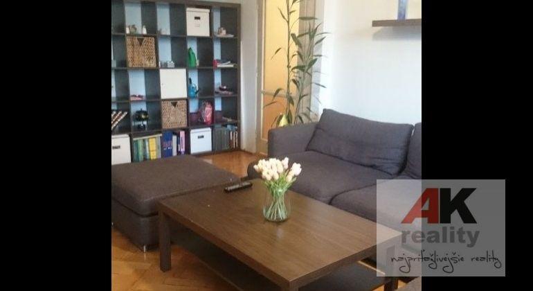 Predaj 3 izbový byt Bratislava-Nové Mesto, Teplická ulica