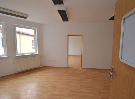 Prenájom - kancelársky priestor, dve miestnosti, 46m2  v centre mesta Piešťany