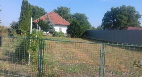 Rodinný dom na predaj v obci Jasová.