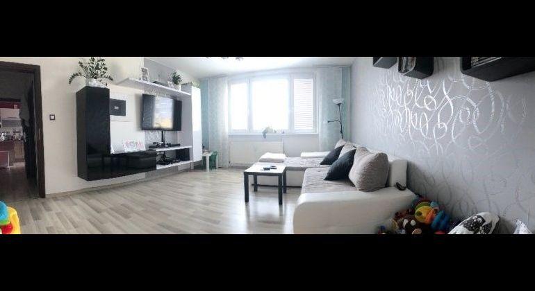 Prenájom 3 izbový byt Bratislava-Petržalka, Hrobákova ulica