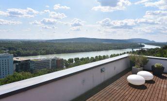 3-izbový zariadený slnečný byt s veľkou terasou 73m2, výhľad na Dunaj