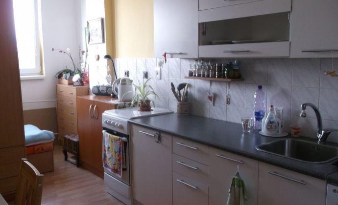 1 izb. veľkometrážny byt Martin - Jahodníky, ul. Stavbárska