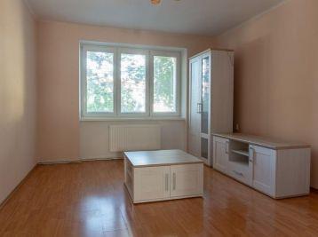 CENTRUM - 3 izb. byt na Záhradnej ulici - Pezinok