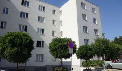 FIRST MINUTE - 2 izbový byt v širšom centre, ul. Vajnorská, BA-Nové Mesto