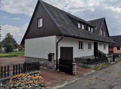 Rodinný dom -penzión vo Vysokých Tatrách s nádherným výhľadom na panorámu Tatier.
