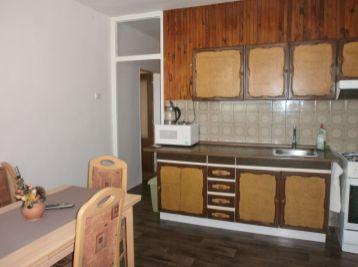 Veľký priestranný 2 izbový byt