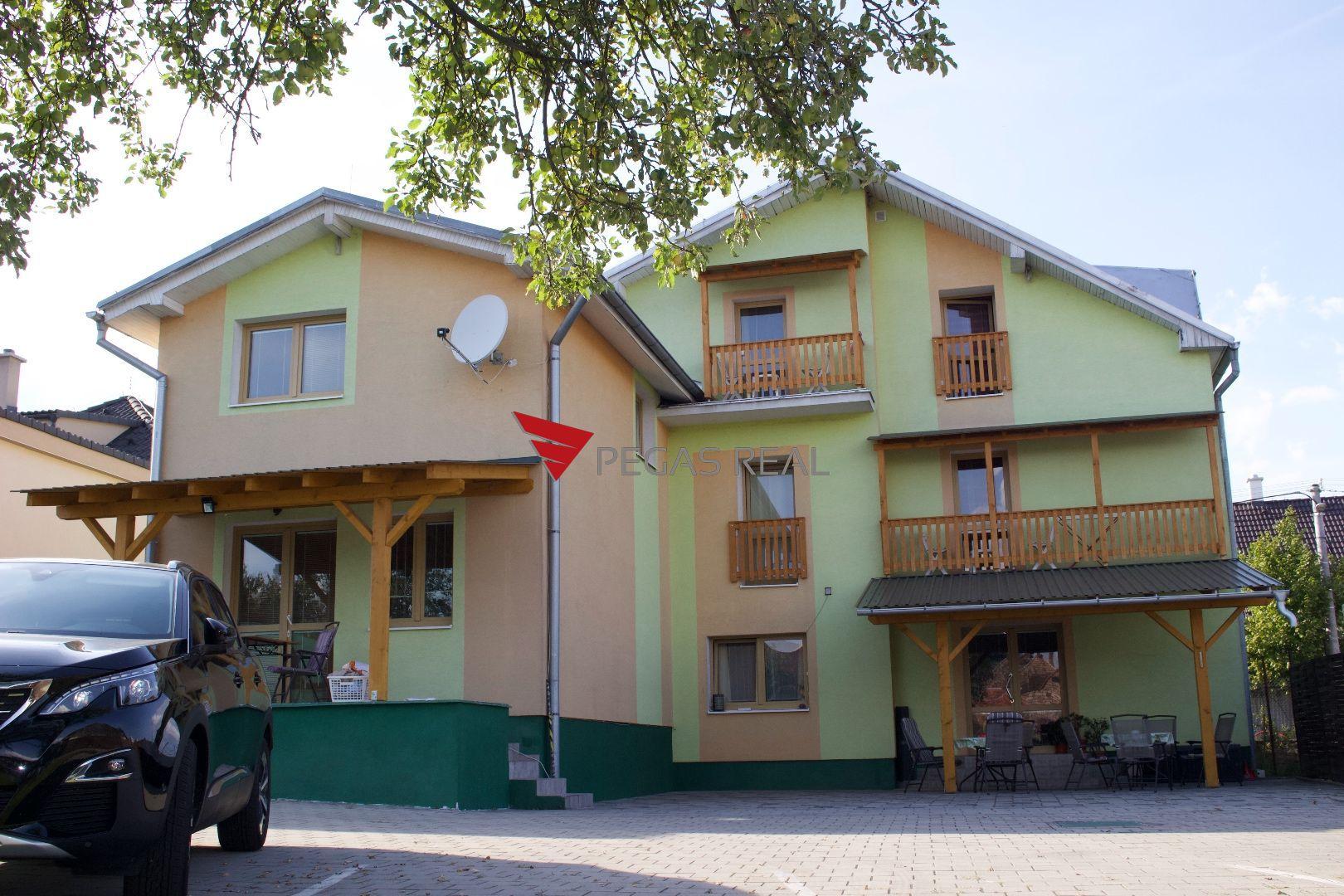 Penzion-Predaj-Kováčová-465000.00 €