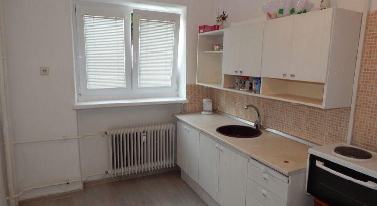 Na Predaj 2 izbový byt, 60 m2, Handlová, 29.Augusta