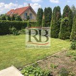 Na predaj rodinný dom typu bungalov v obci Hviezdoslavov