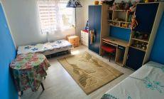 5 izbový zrekonštruovaný rodinný dom s rozľahlím pozemkom.