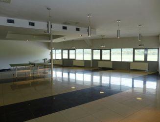 Prenájom komerčné priestory 140 m2 Dolný Hričov